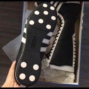 adidas Shoes - Adidas rare vintage santos hi leather boots